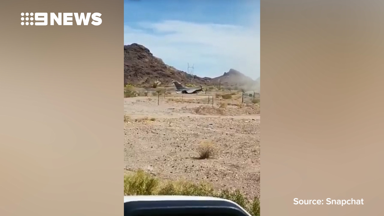 Jet fighter crashes in Arizona