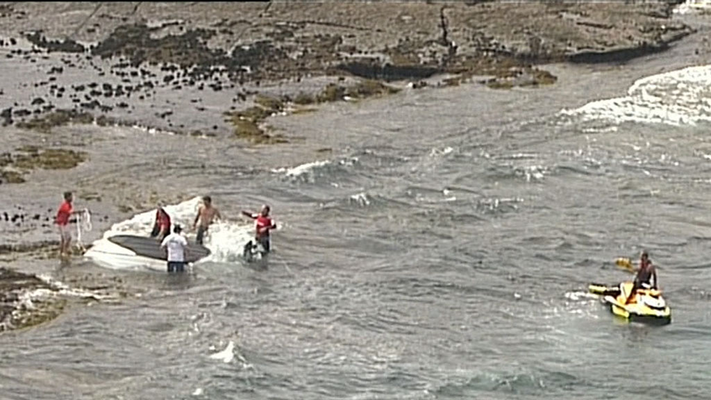 Man dies after boat capsizes
