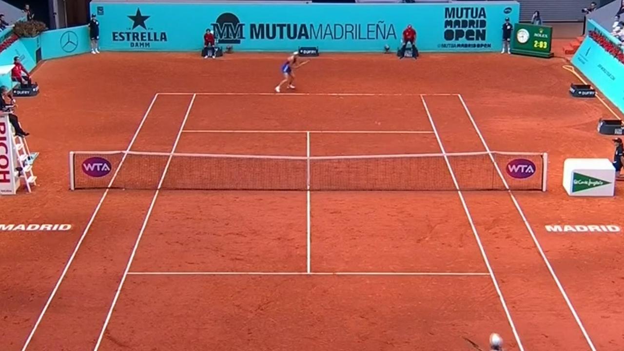 Barty lets victory slip against Wozniacki