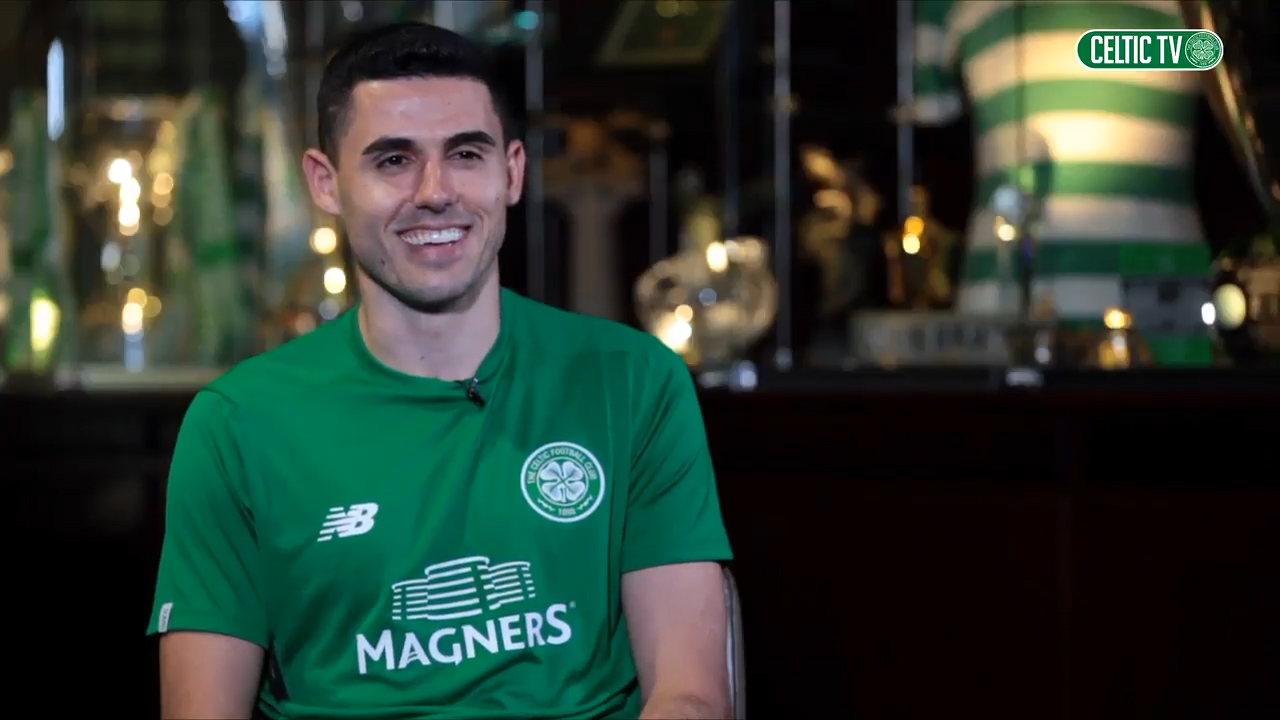 Rogic commits to Celtic for five more years