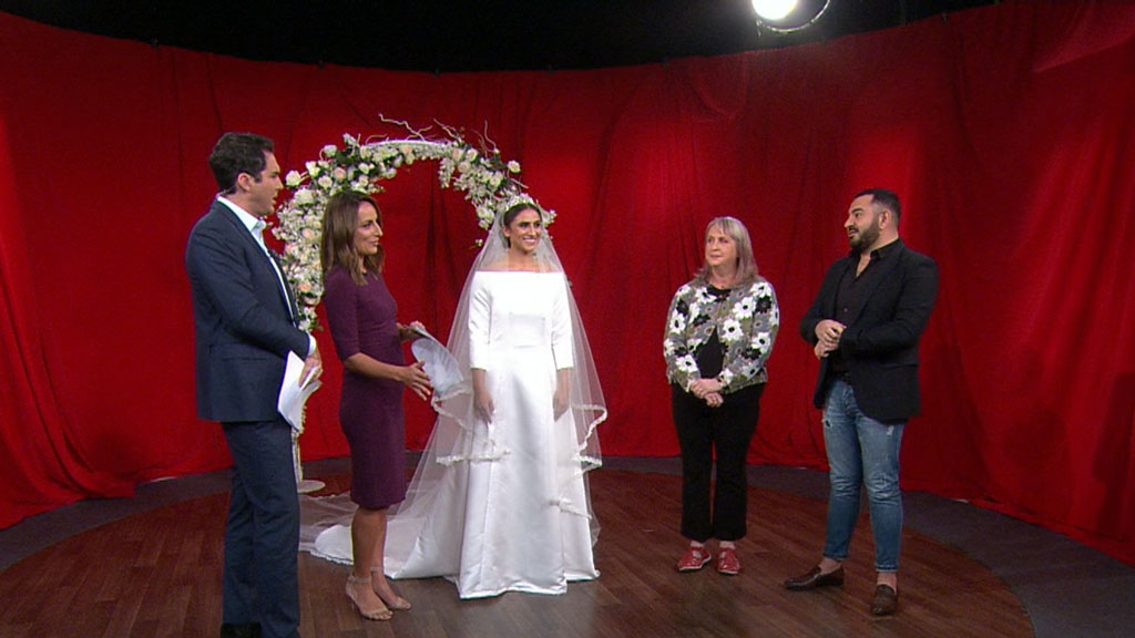 Seamstress recreates Meghan's wedding dress overnight