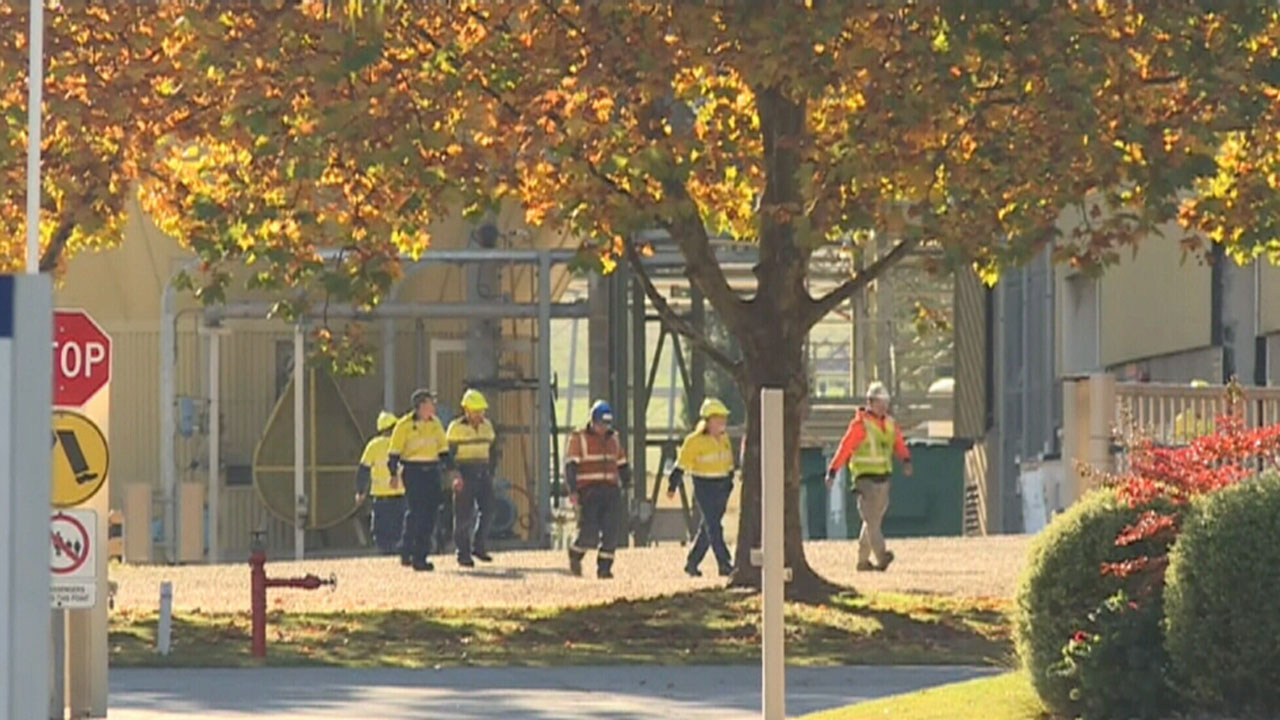 Three workers critical after gas leak