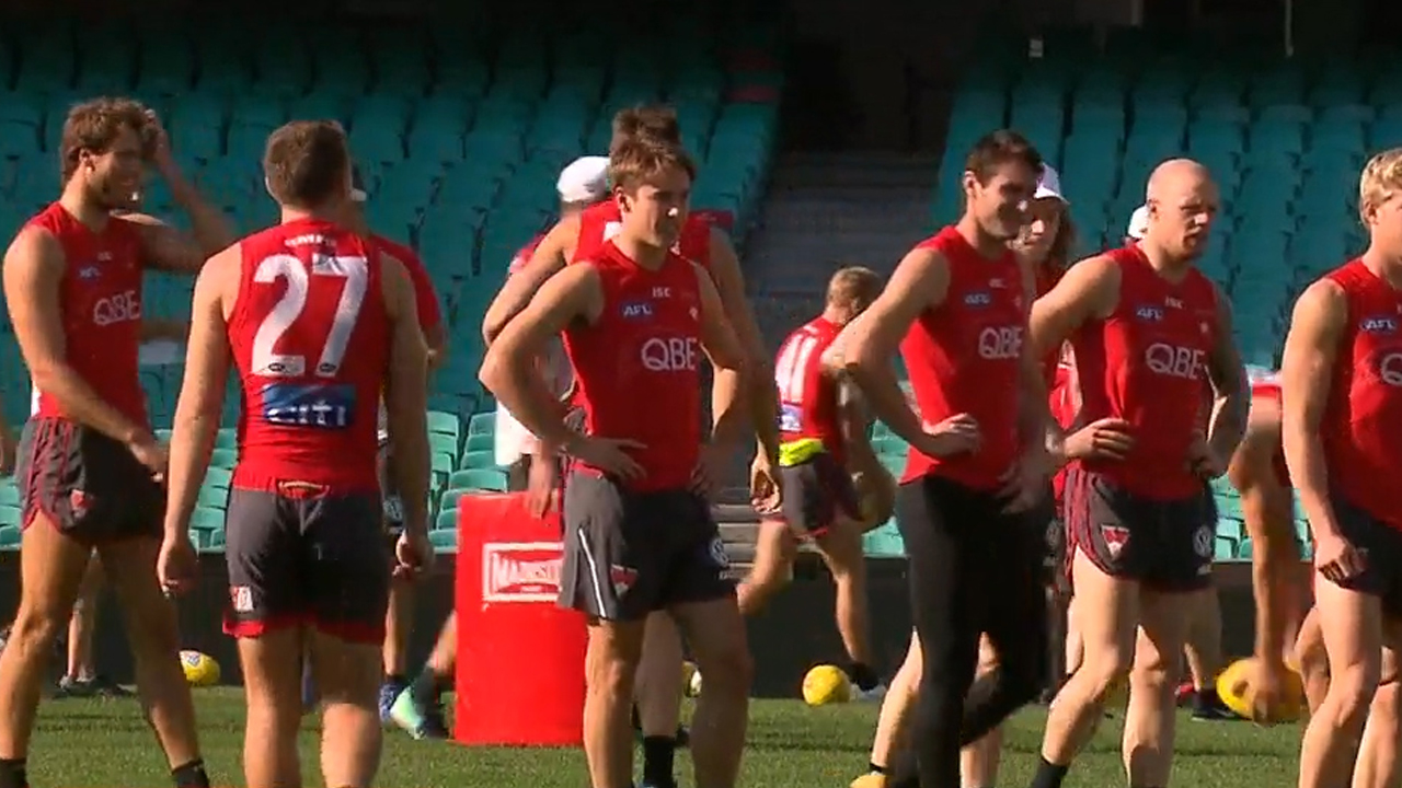 Swans star suffers freak injury