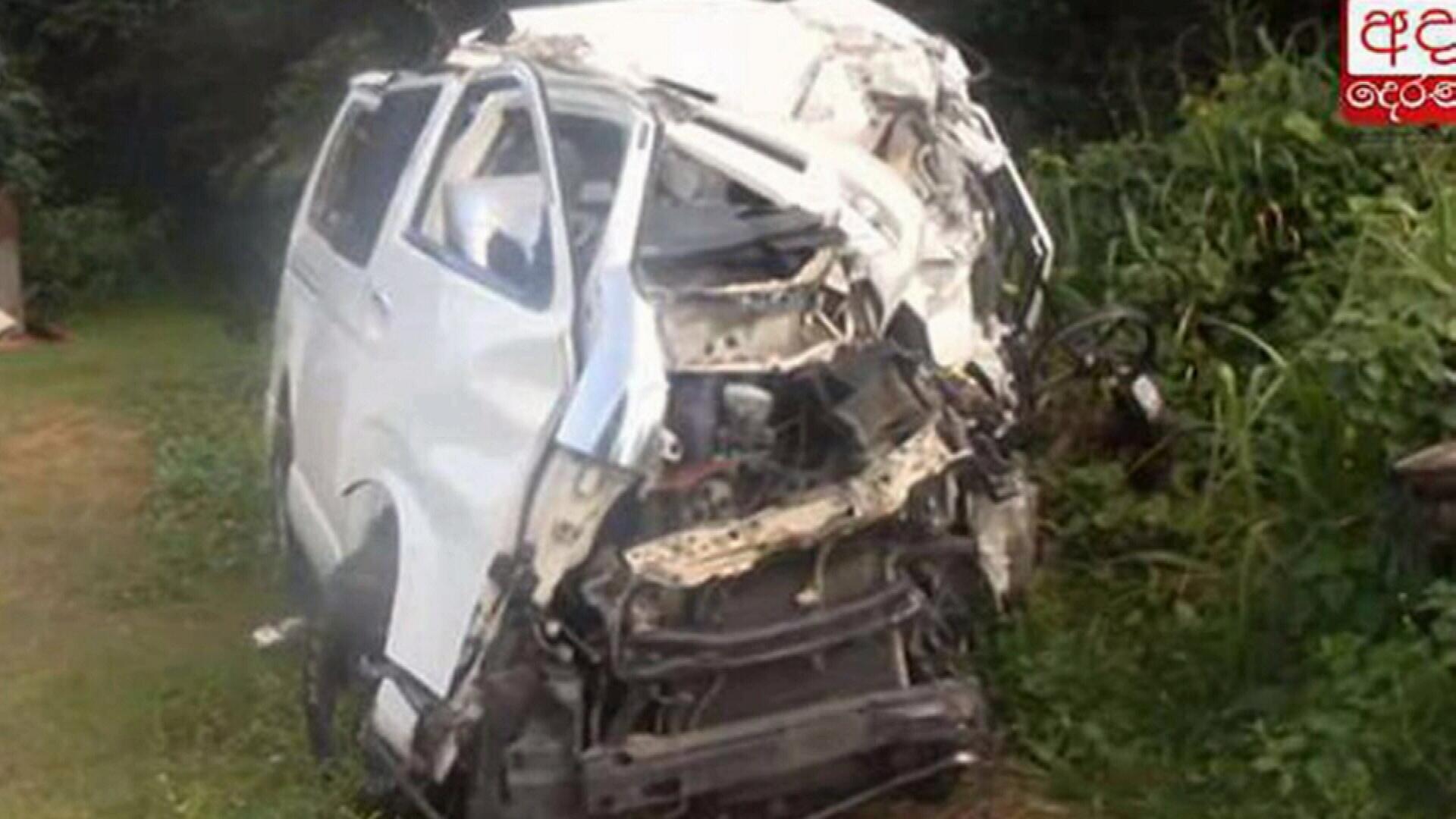 Australian woman and daughter killed in car crash in Sri Lanka