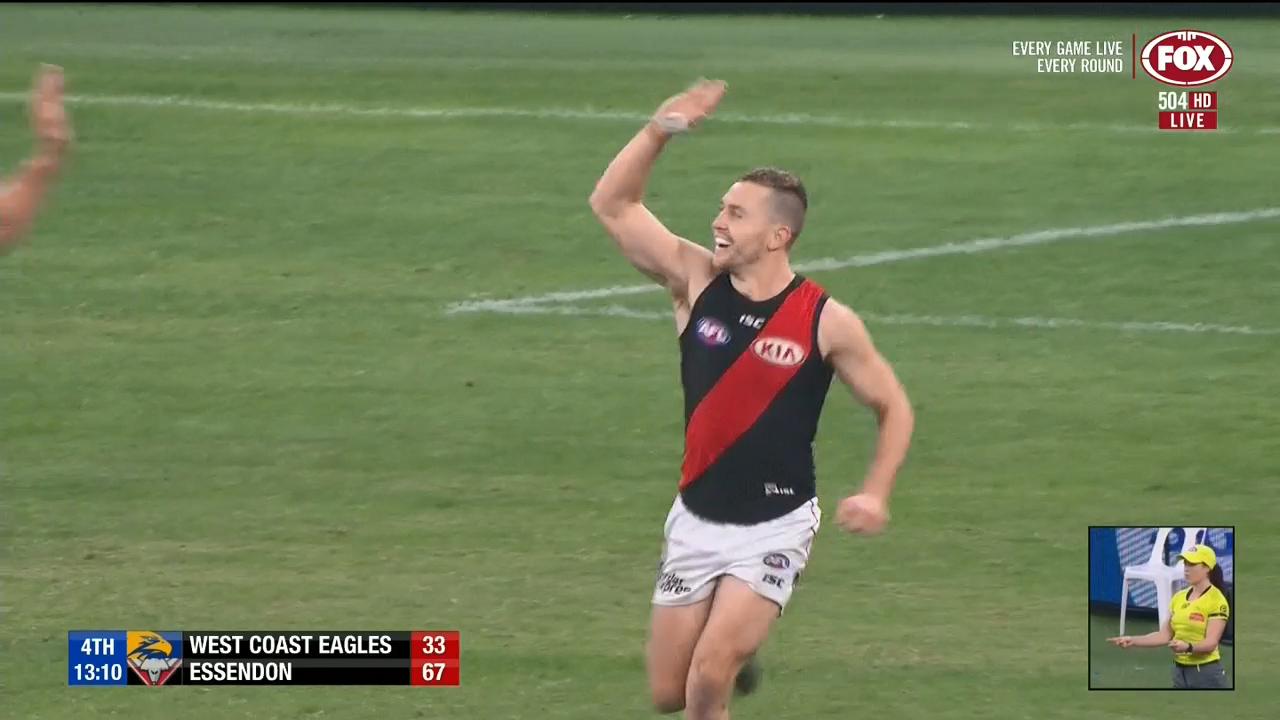 Smith seals Bombers win