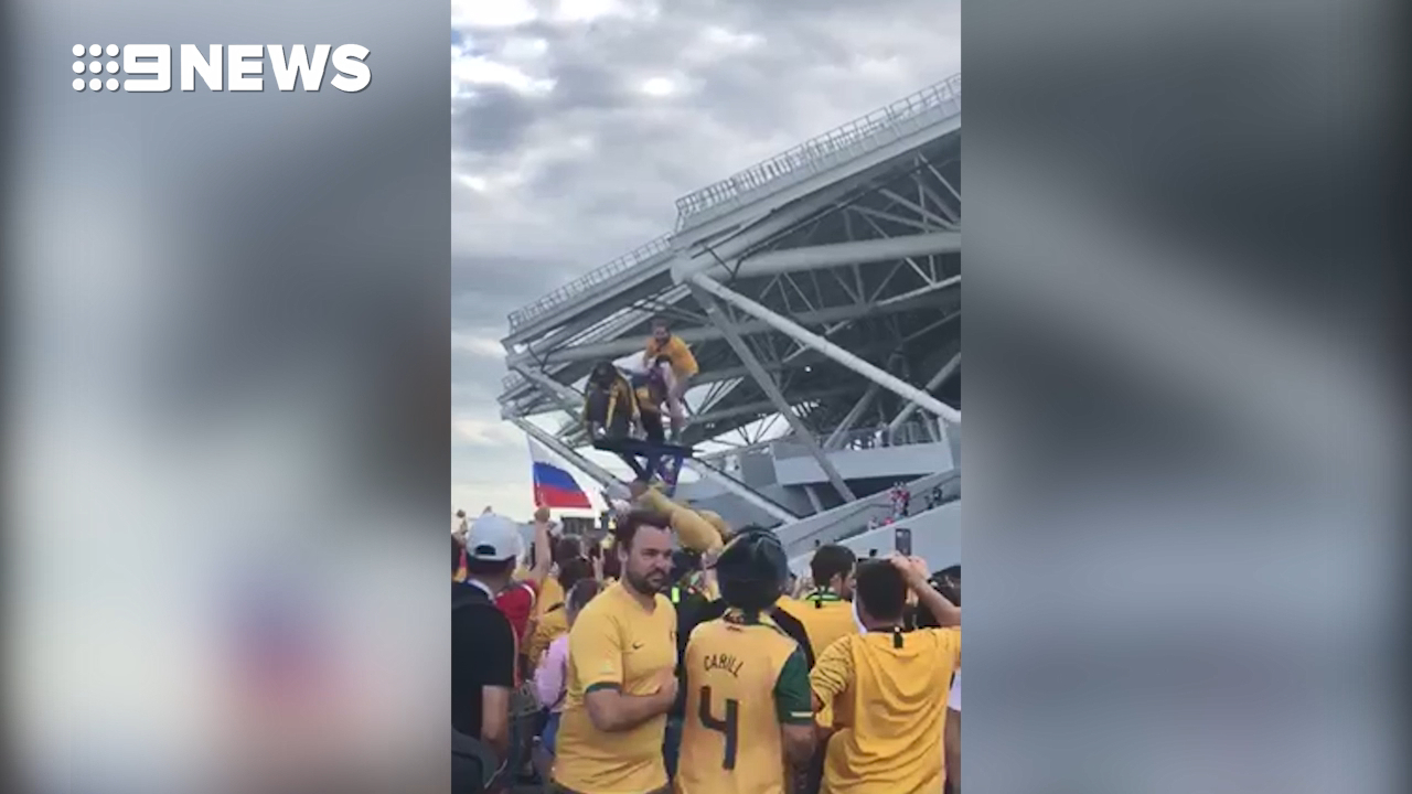 Aussie fans sing in support of Socceroos