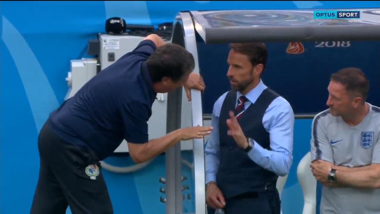 Panama coach's eye-raising exchange with England coach