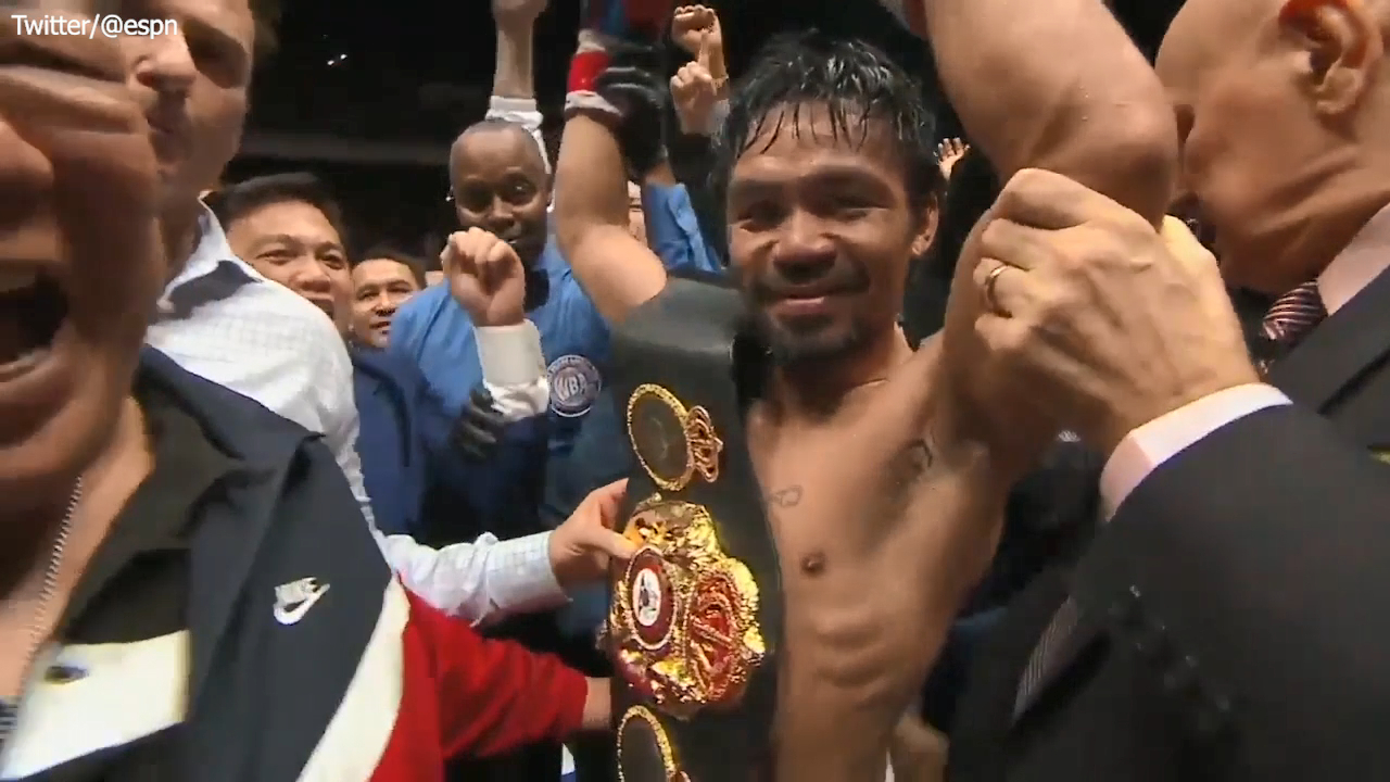 Pacquiao wins comeback fight by TKO