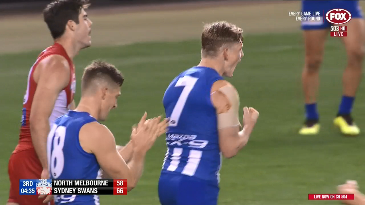 Ziebell keeps Roos in touch