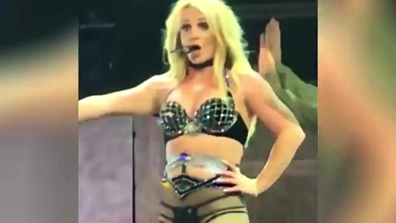 Britney Spears' wardrobe malfunction