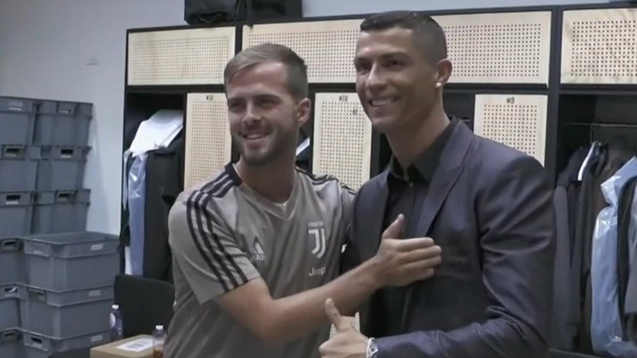 Ronaldo introduced to Juventus