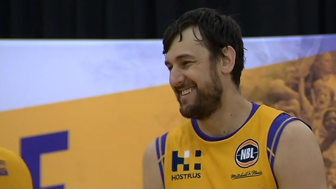 Bogut says Sydney Kings have sucked