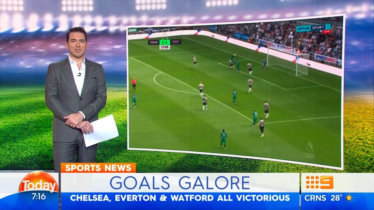 Tottenham, Chelsea claim opening wins