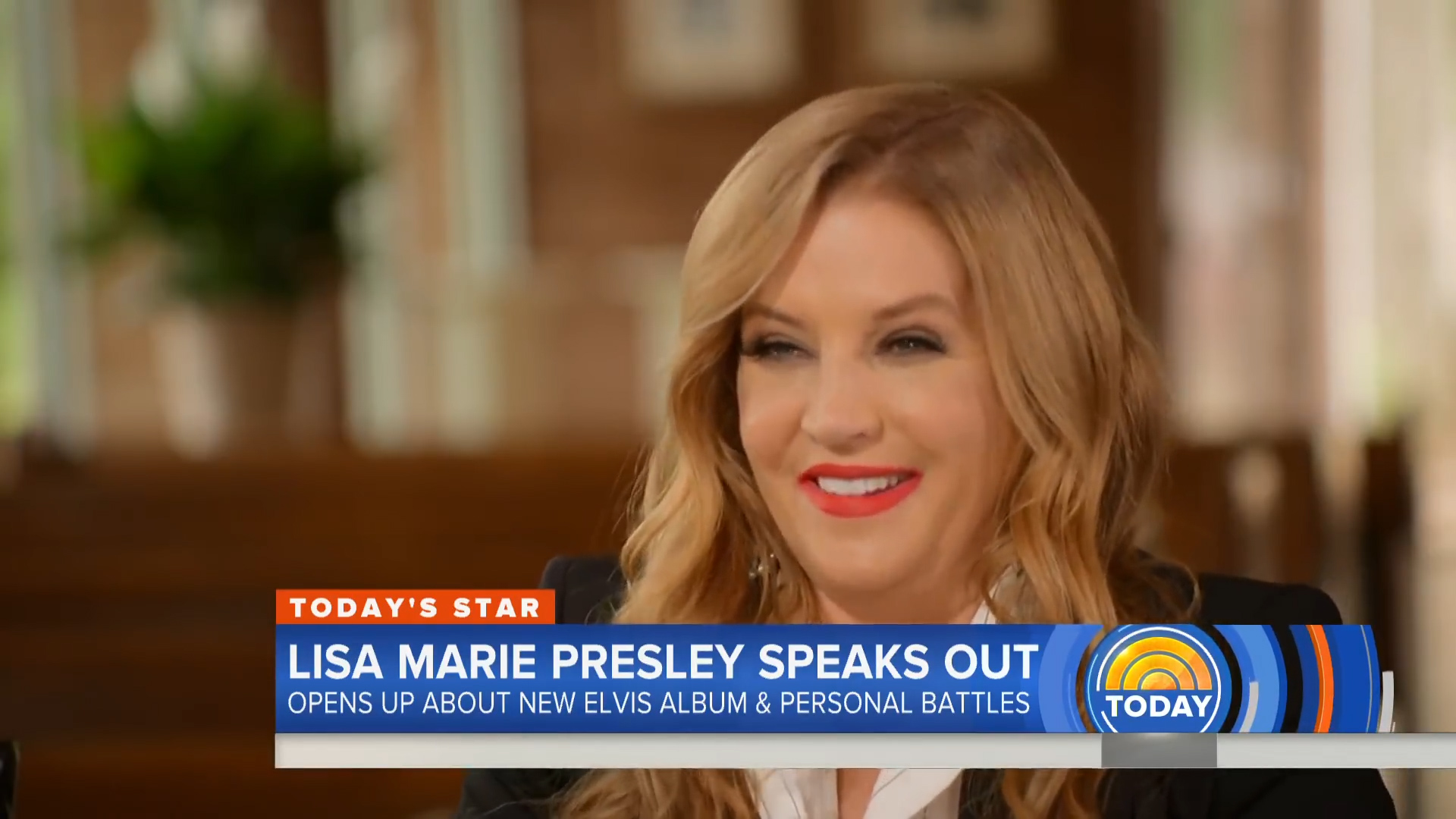 Lisa Marie Presley remembers her father, Elvis Presley, in a new interview