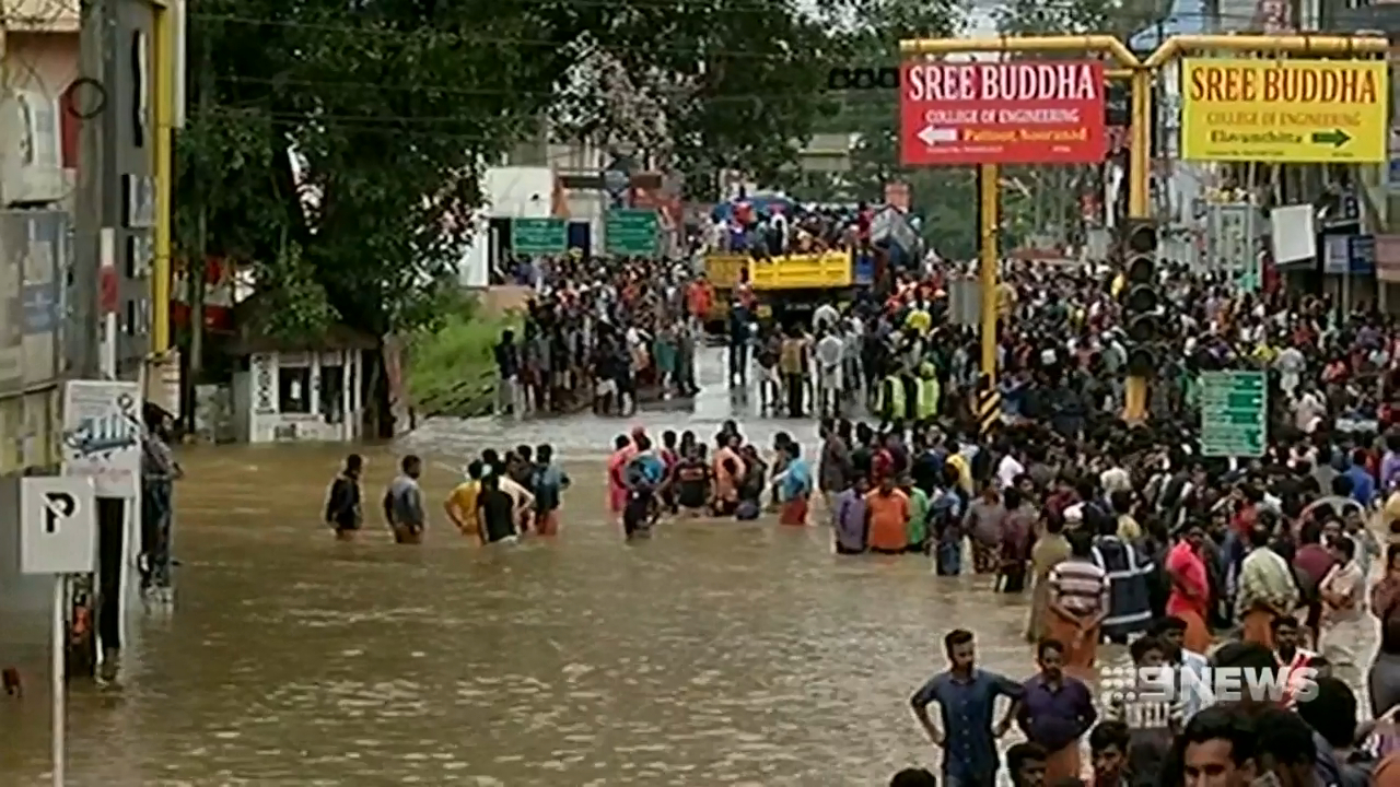 Floods in India kill at least 324 people