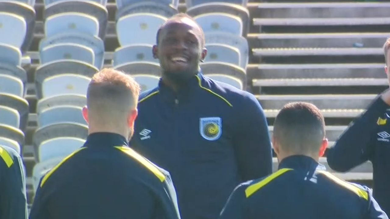 Bolt trains with Mariners for the first time