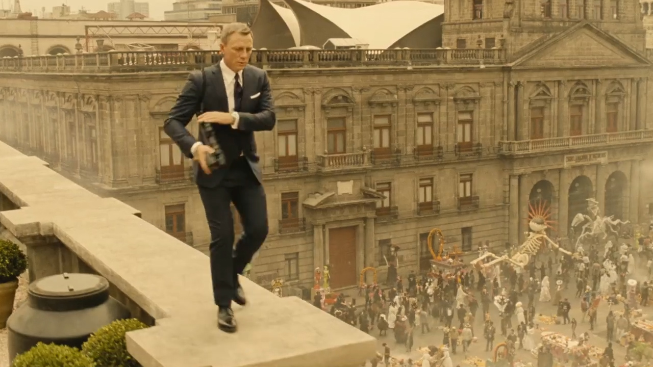 'Spectre' official trailer