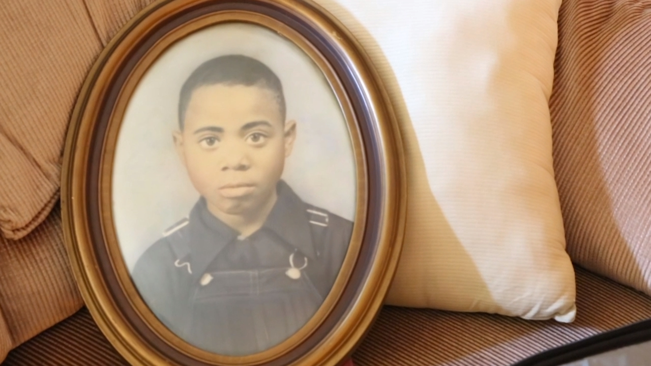Mississippi could re-examine 1959 racial killing of teen