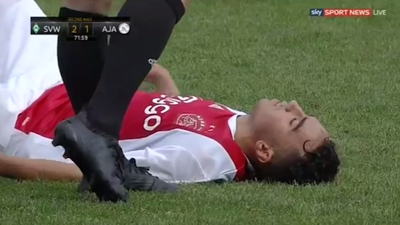 Nouri collapses against Werder Bremen