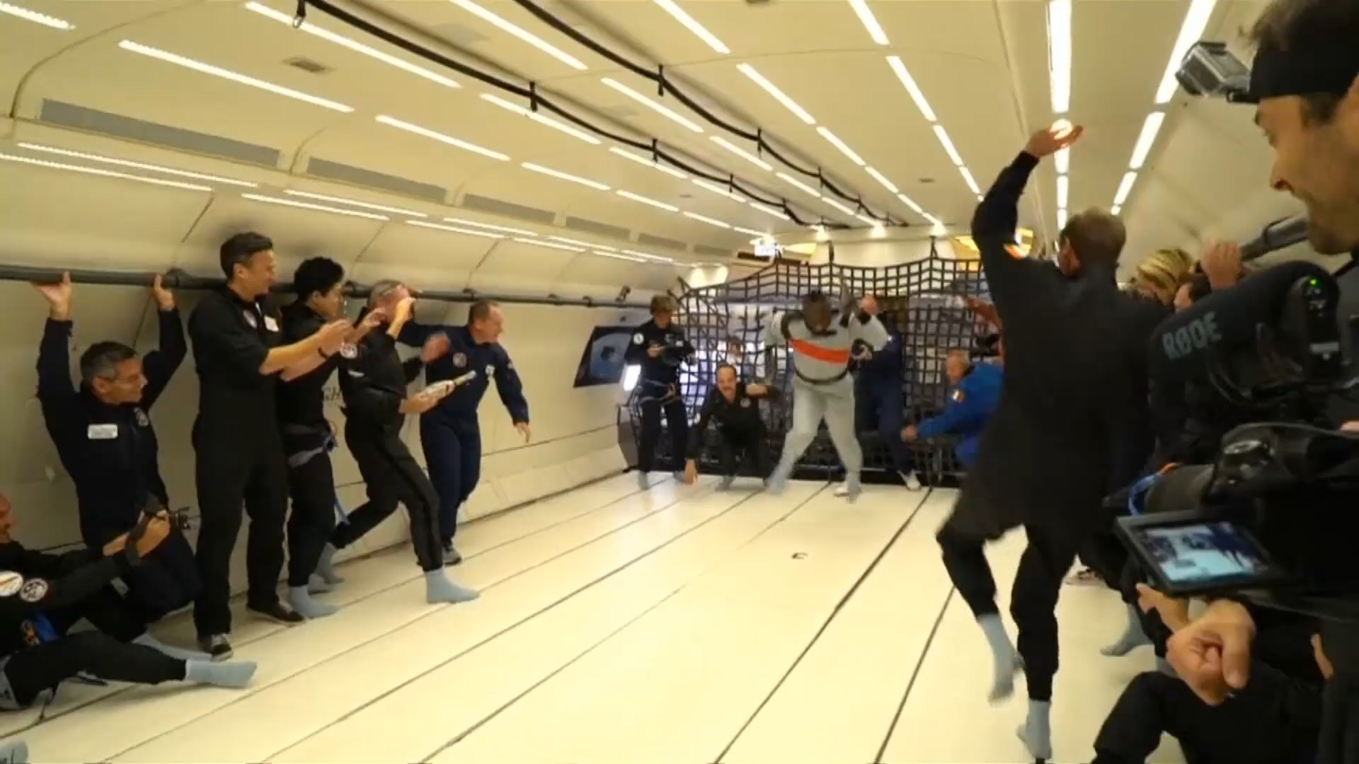 Bolt takes to zero-gravity