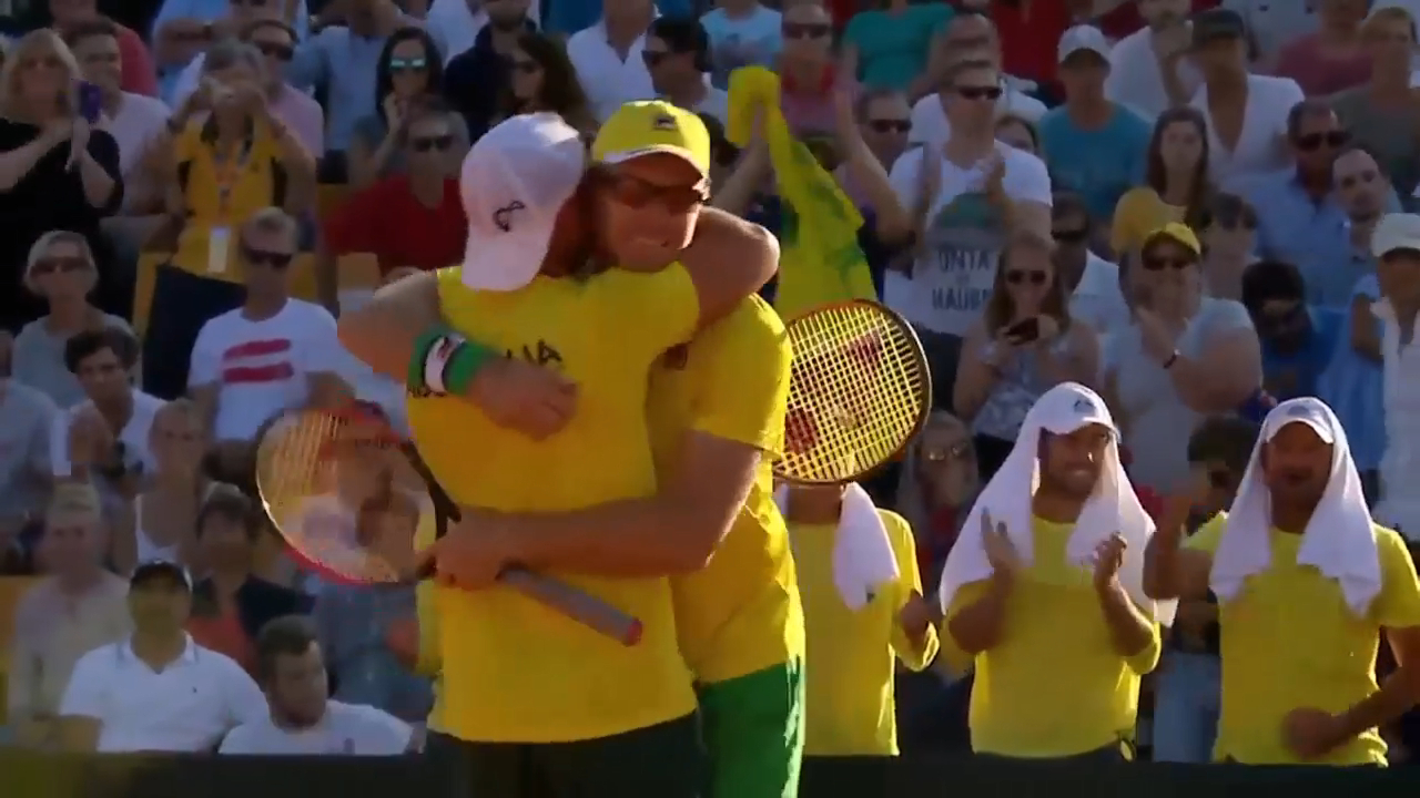Hewitt helps keep Australia in Davis Cup