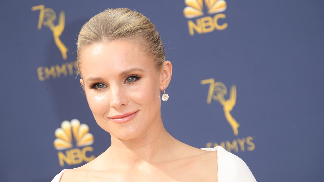 Kristen Bell reveals why marijuana is her 'drug of choice'