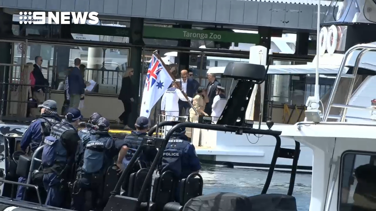 Prince Harry and Meghan leave for the Sydney Opera House
