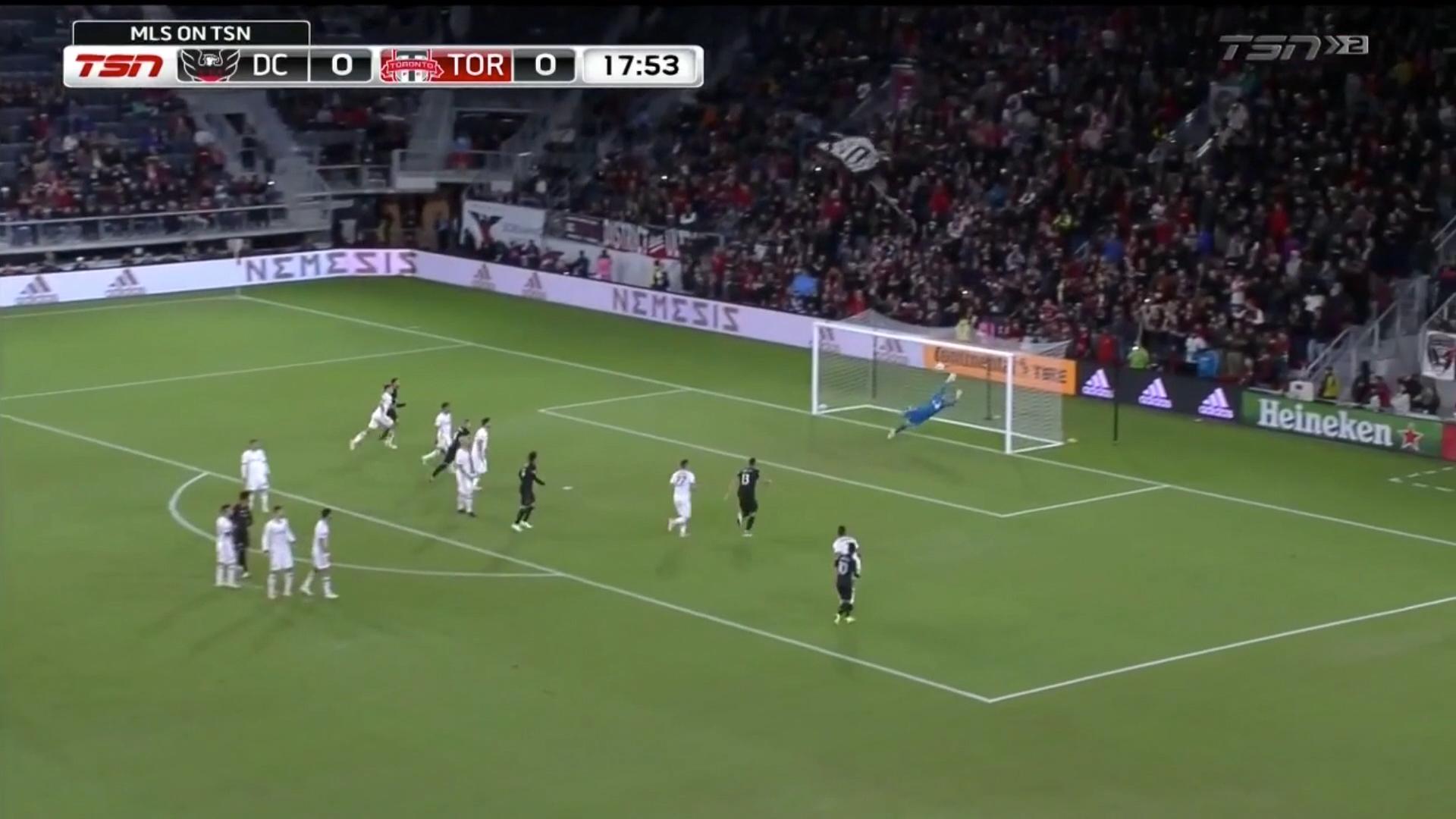 Rooney scores screamer