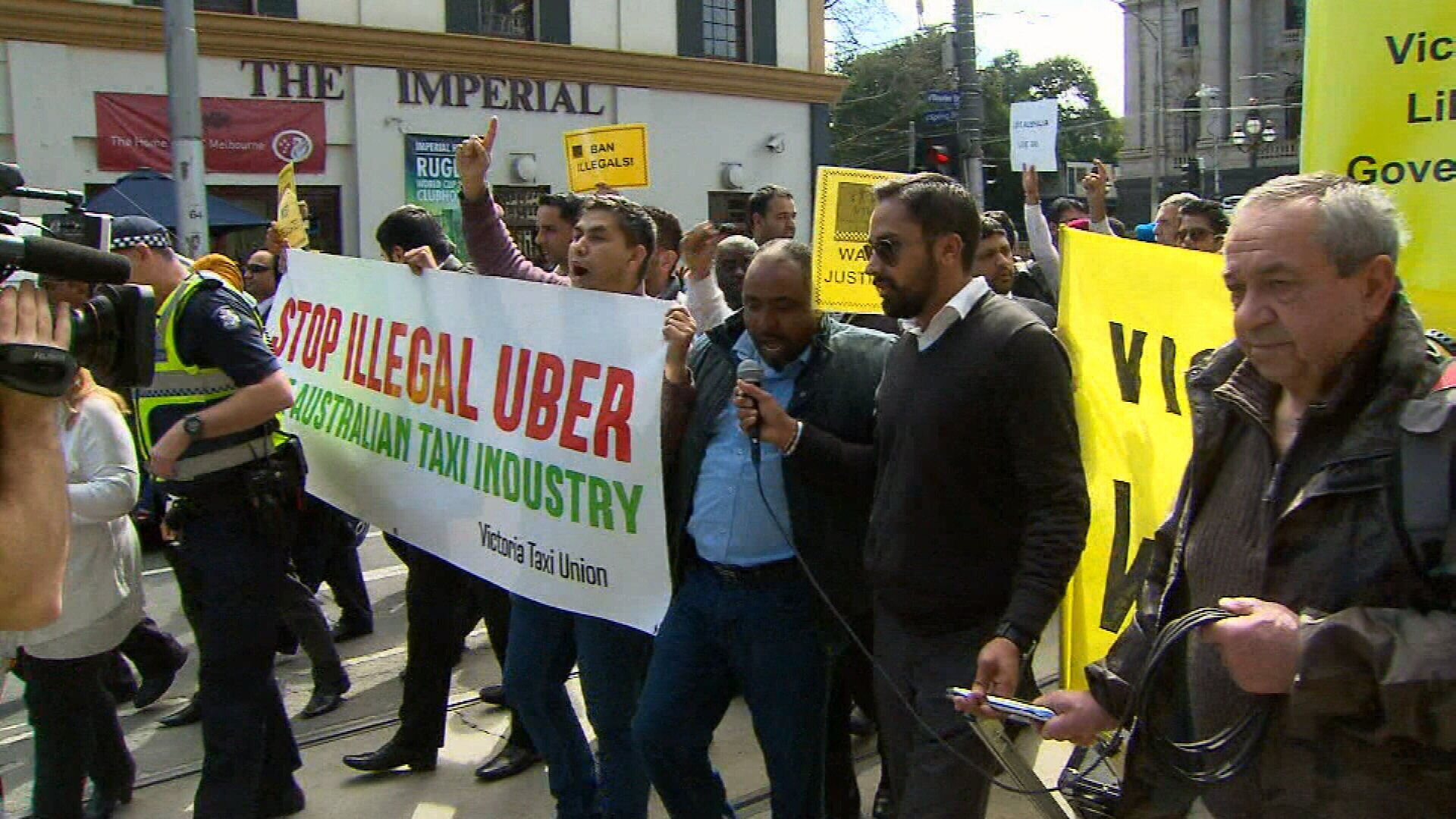 Taxi drivers sue Uber