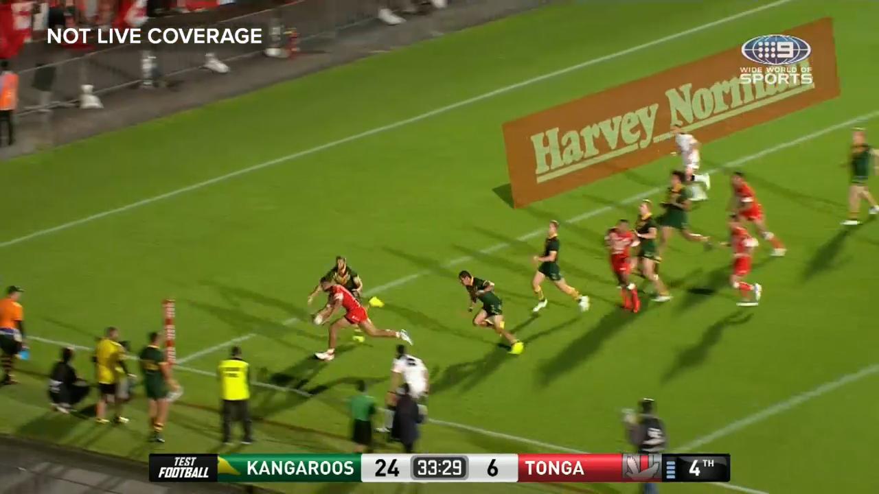 Tupou scores controversial try
