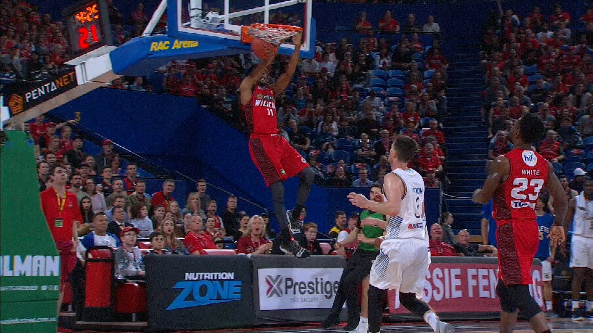 Wildcats continue perfect NBL season