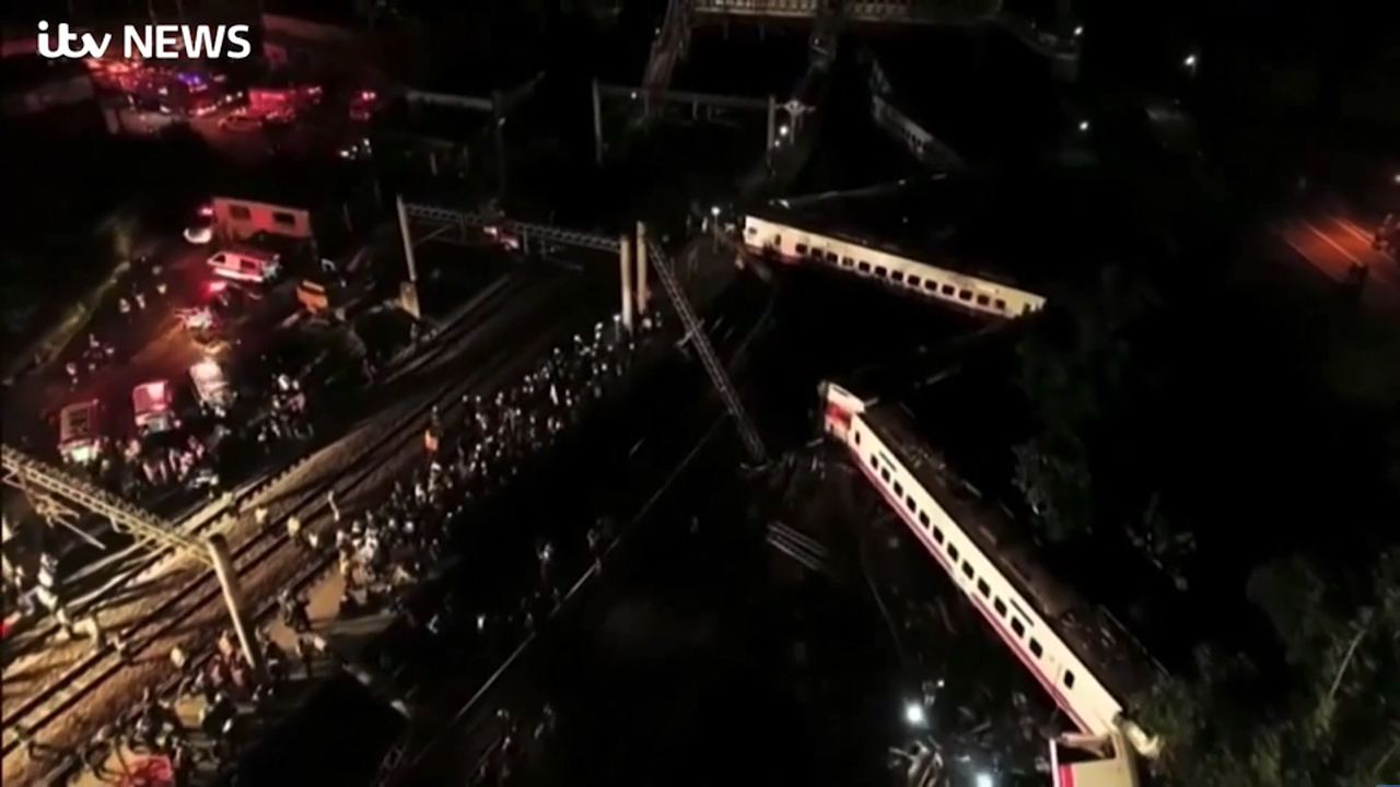 Taiwan train derailment kills 22 and injures 171