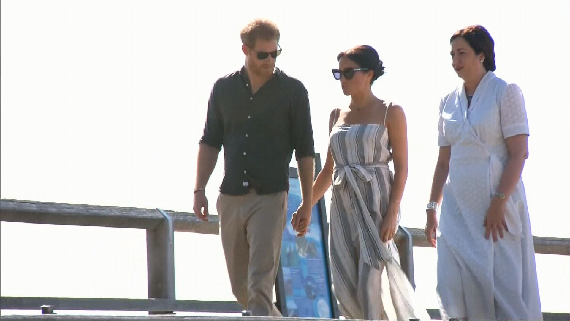 Harry and Meghan head off on visit to Fiji