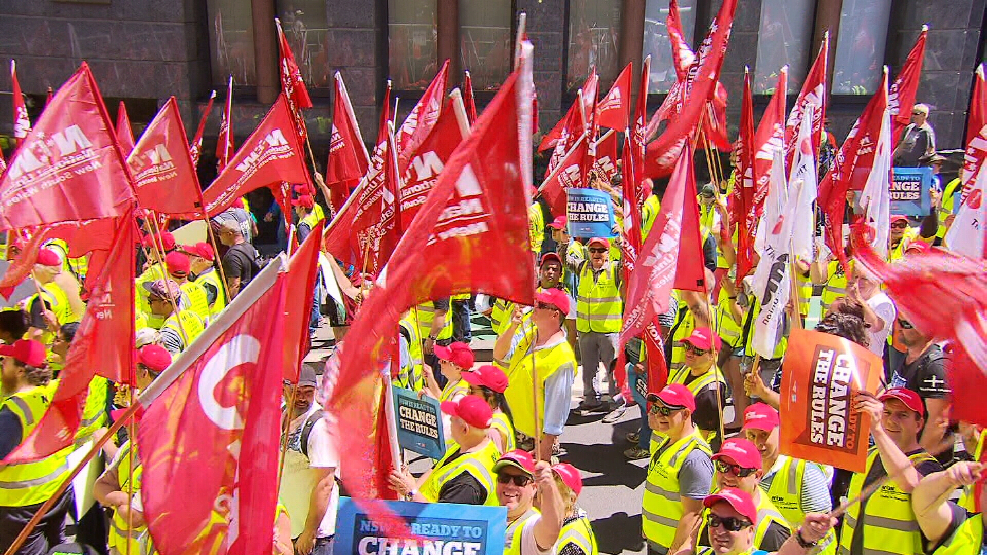 Sydney workers rally for better pay