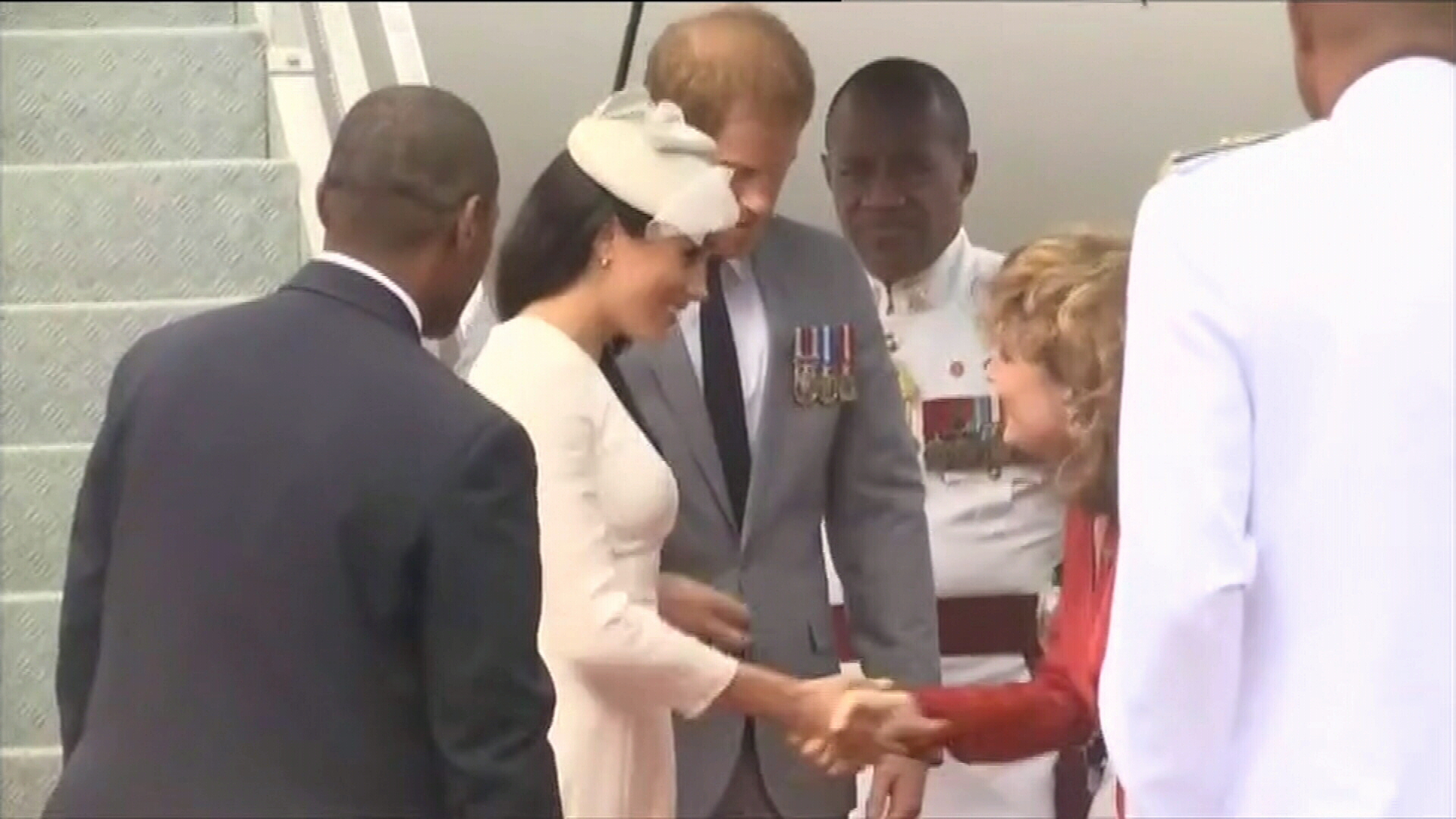 Prince Harry and Meghan arrive in Fiji
