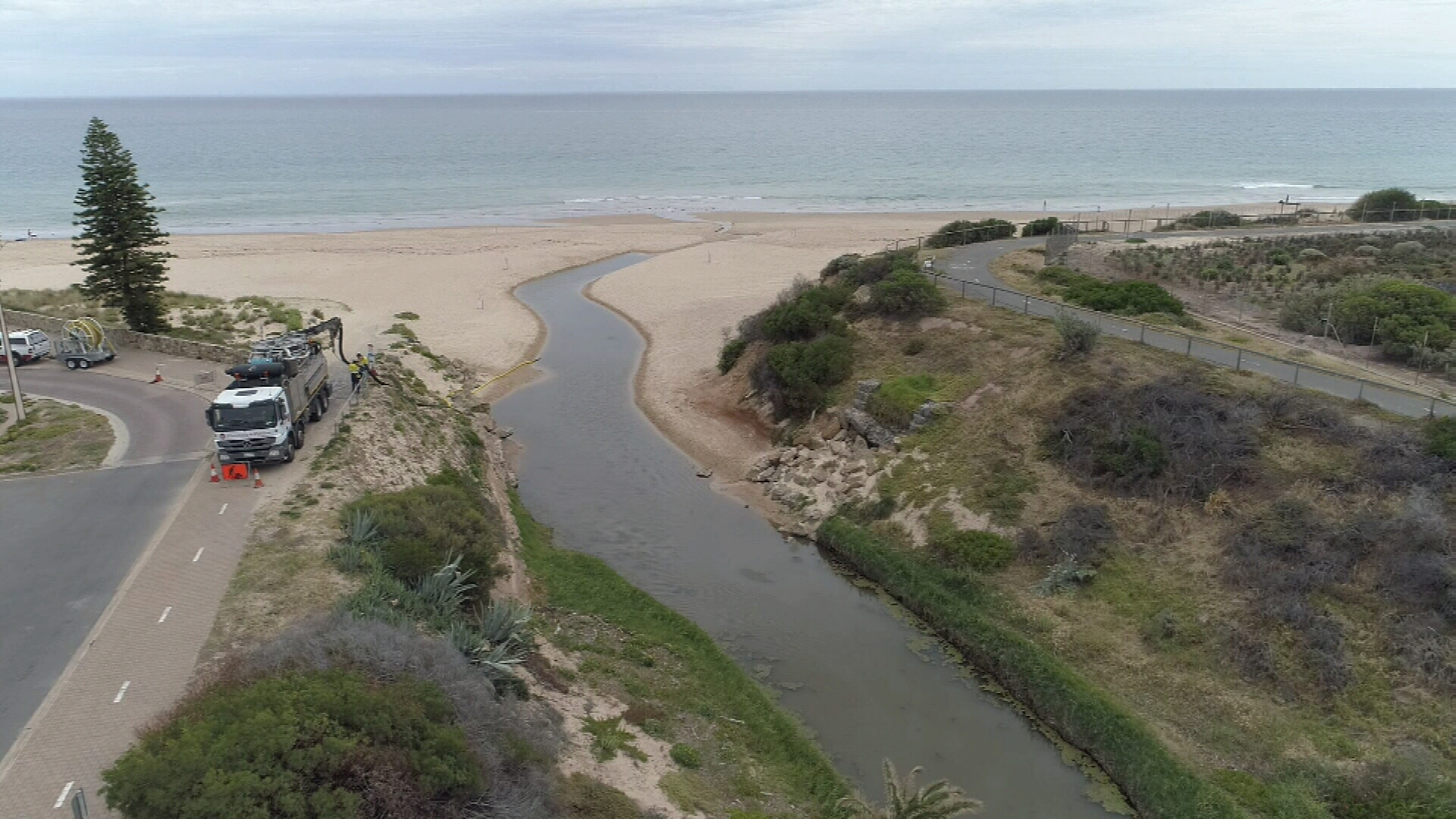 Adelaide beach closed over sewage spill