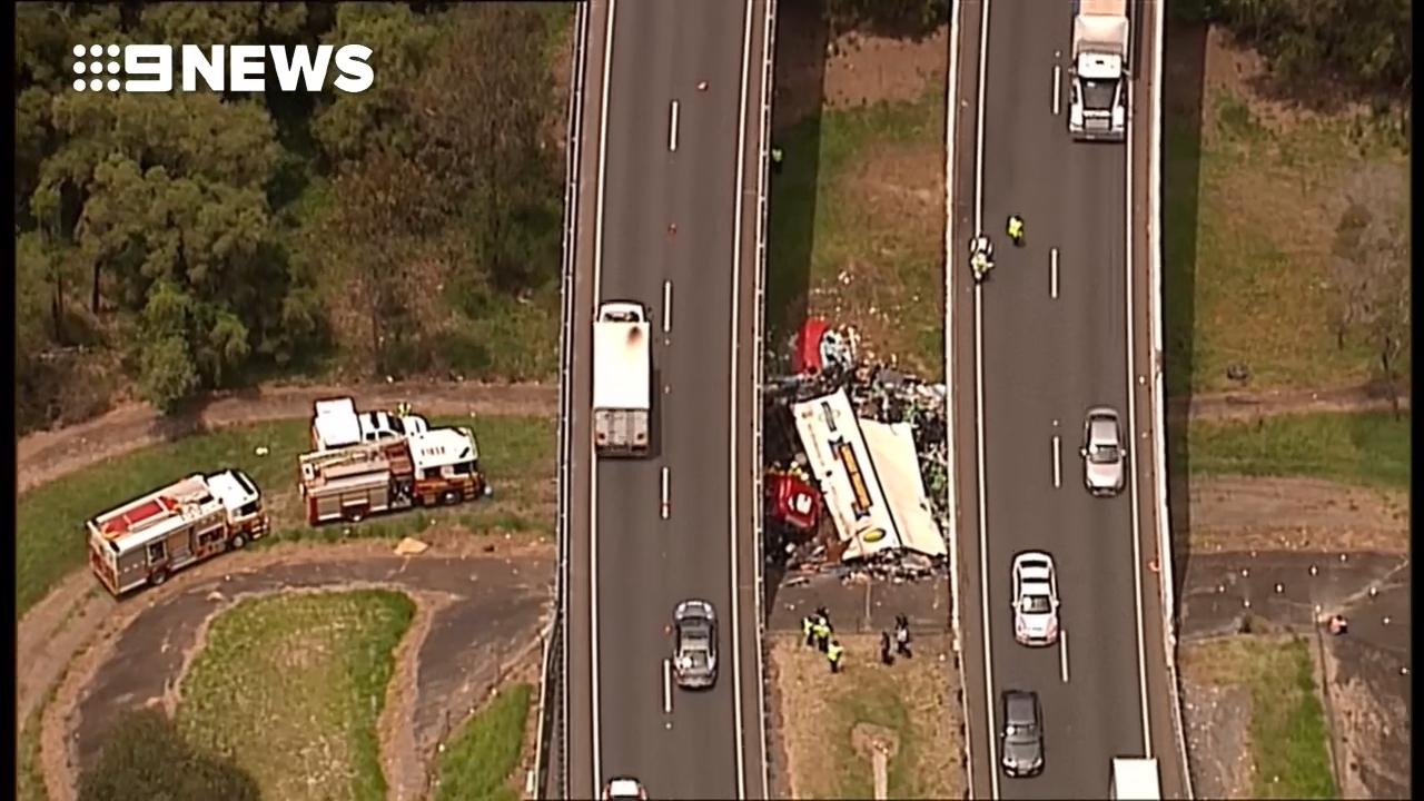 Truck crash on Logan Motorway