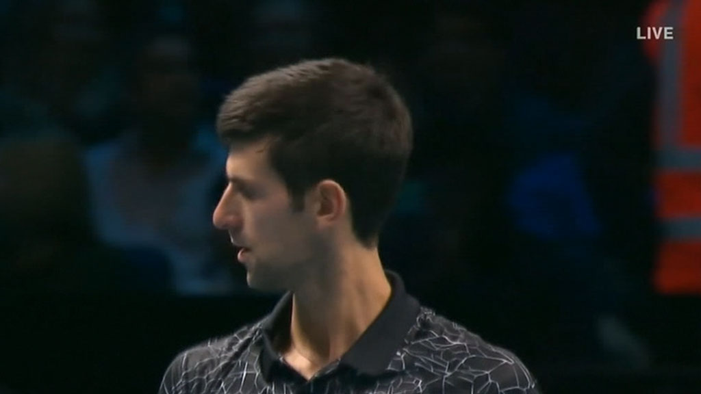 Djokovic breezes past Zverev
