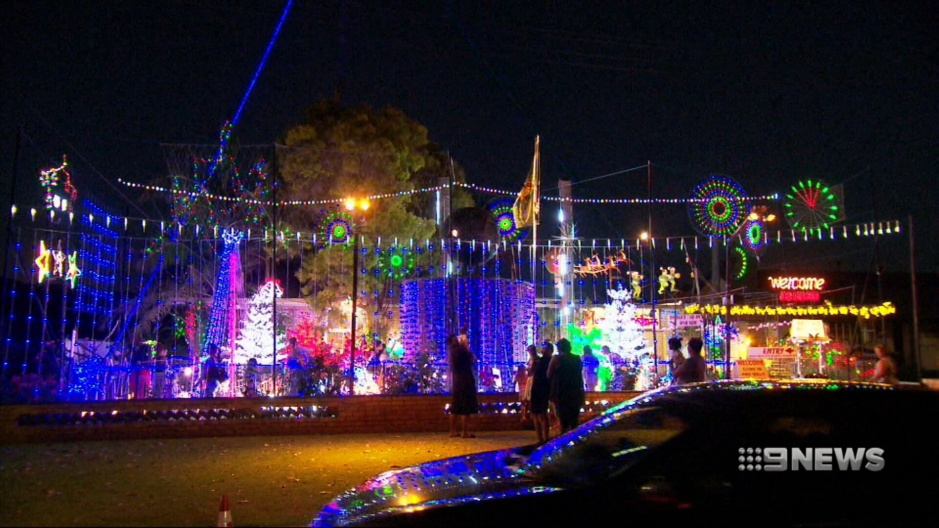 Perth council imposes red tape on Christmas lights