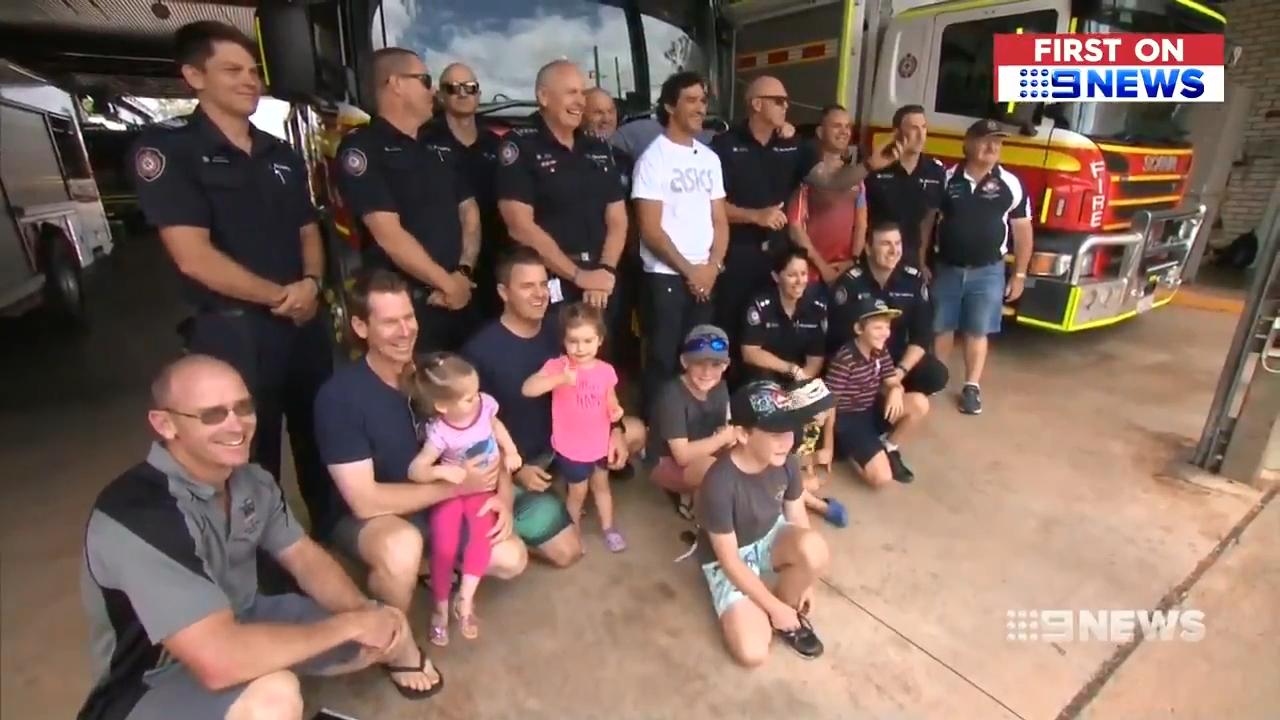 Thurston makes surprise visit to Qld firefighters