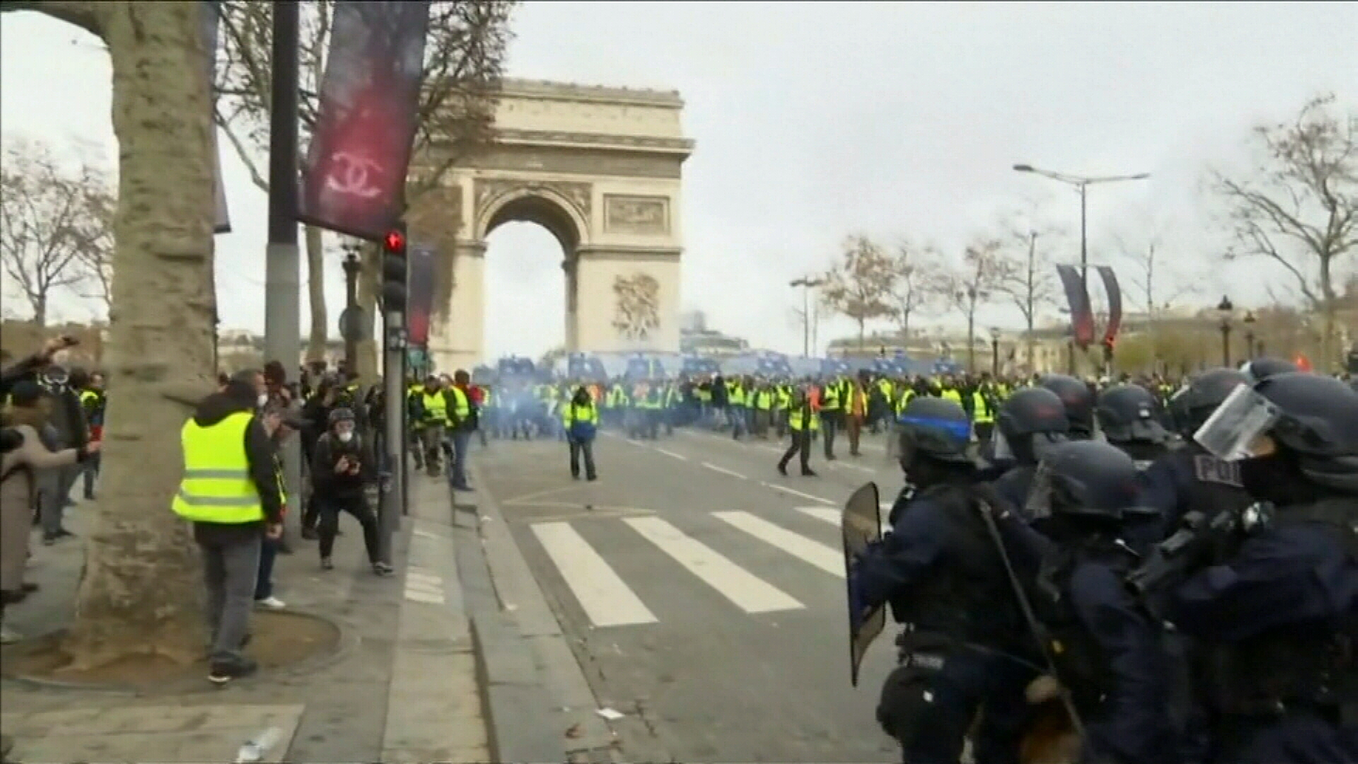 Protestors take over Paris streets in violent demonstrations