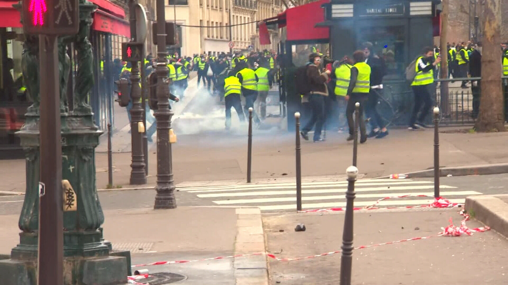 Paris riots intensify for the fourth week running
