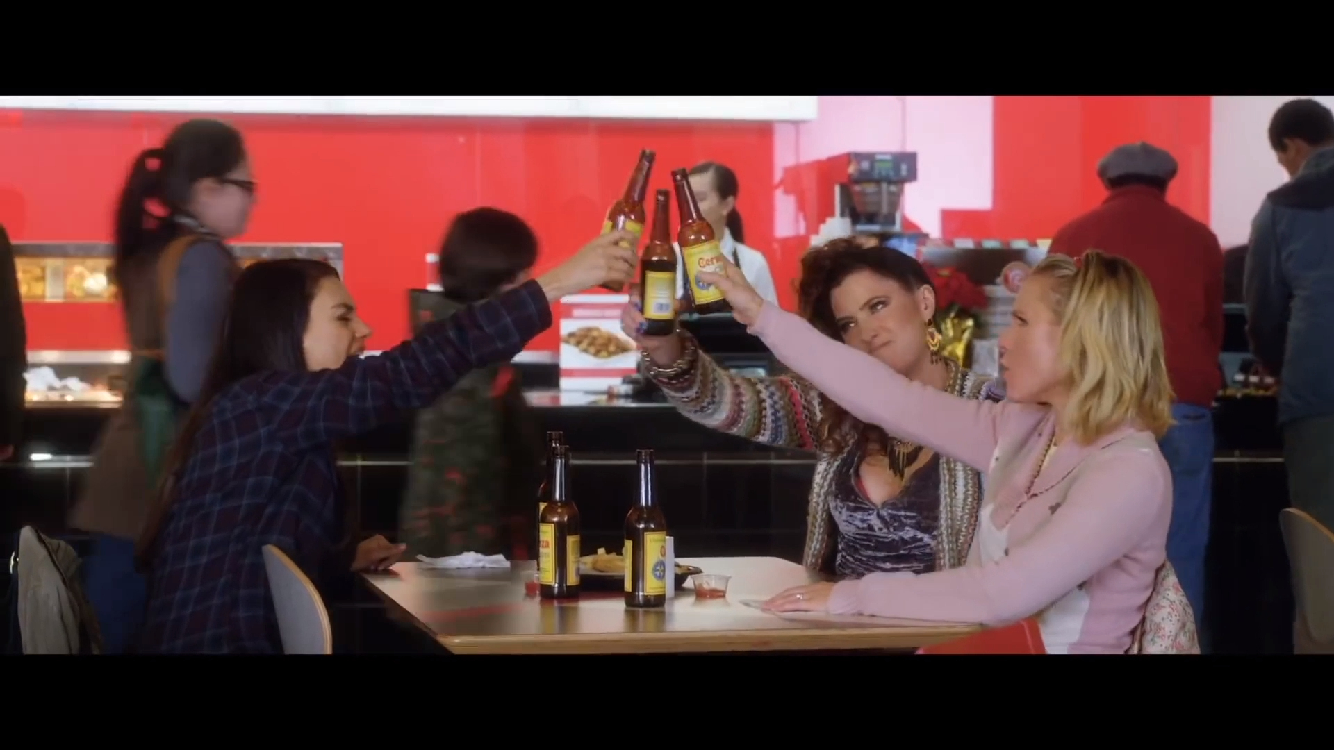'Bad Moms 2' official trailer
