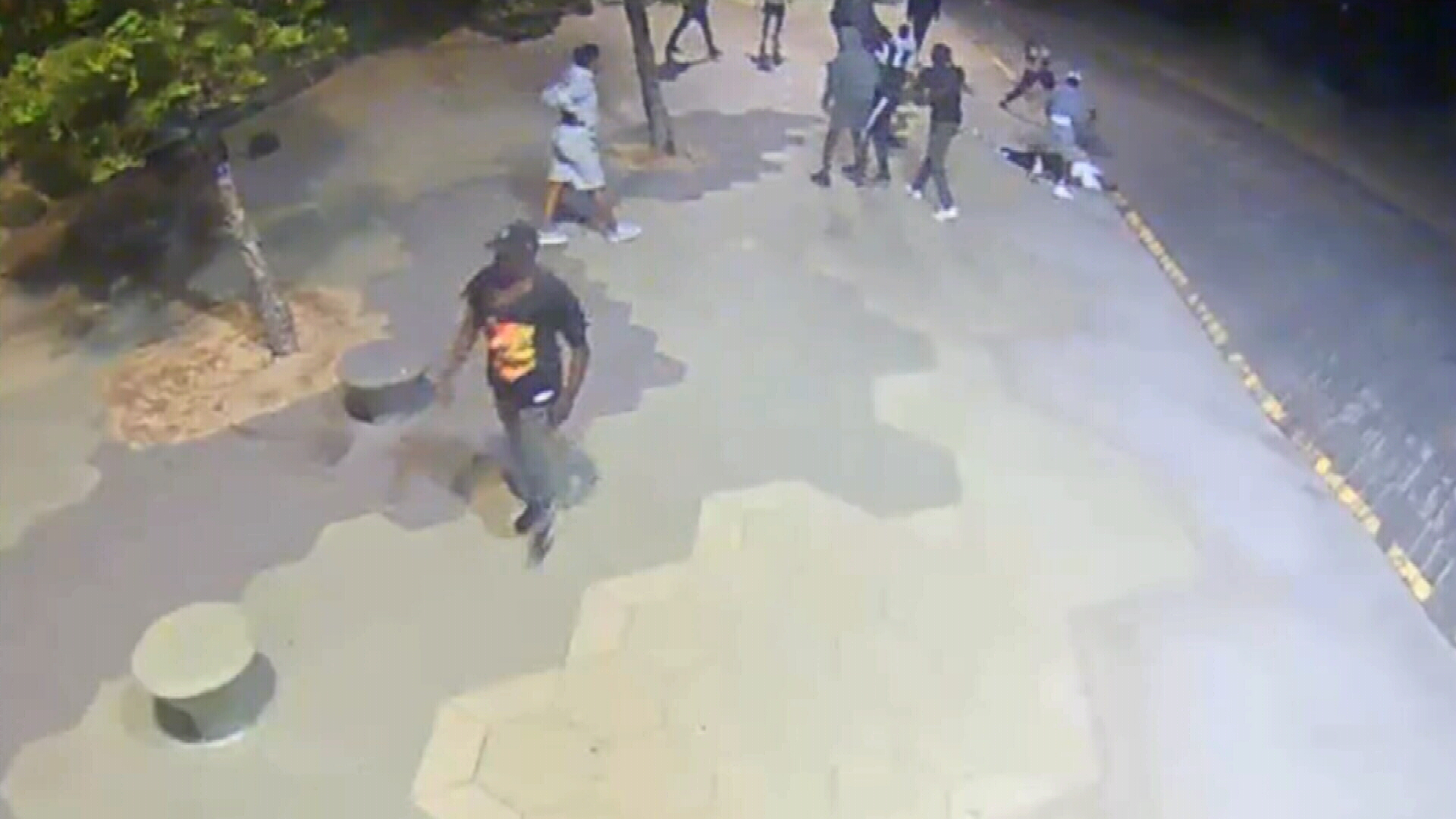 Search for gang who left men unconscious