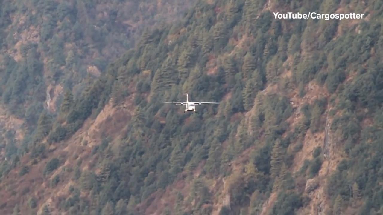 Everest Plane Landing