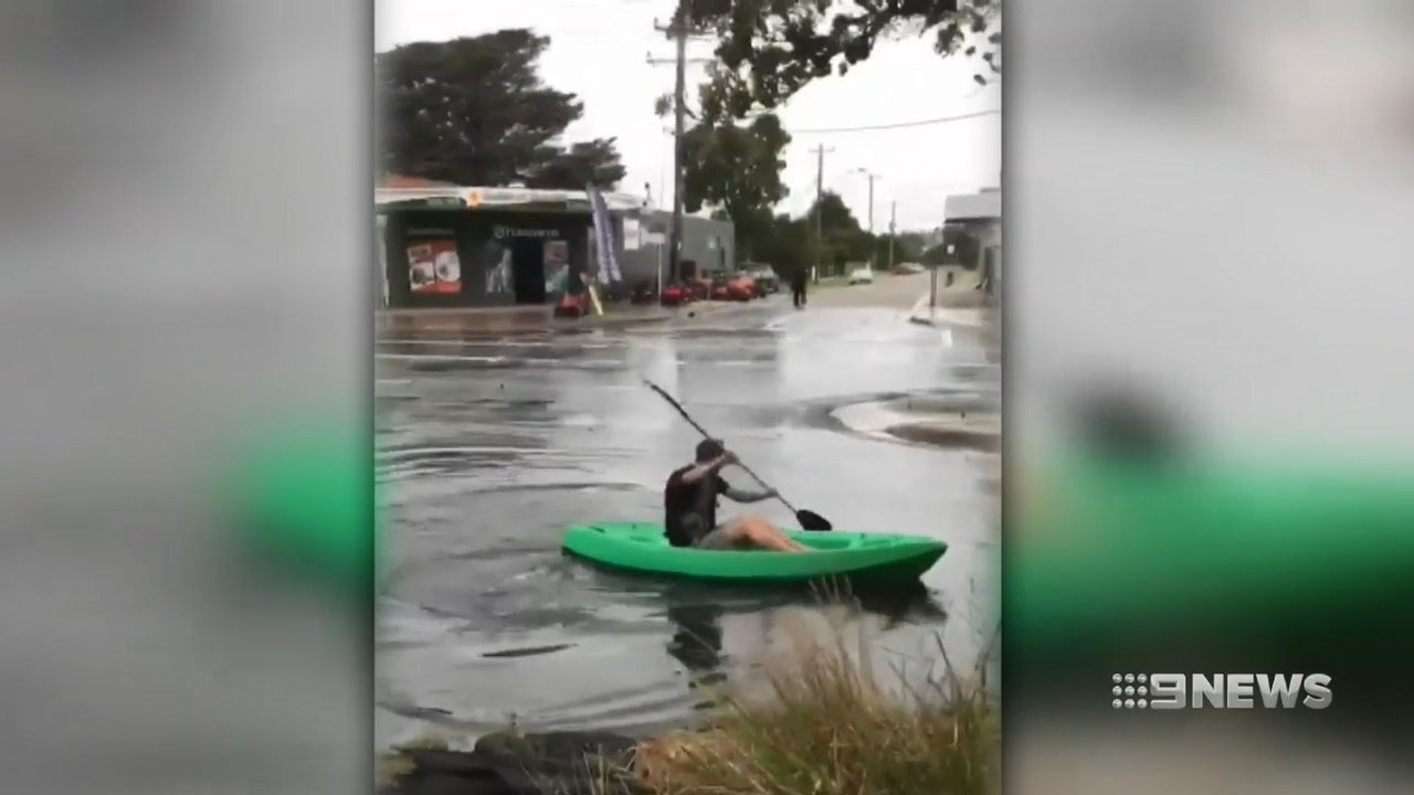 Strong storms cause chaos for citizens of Melbourne