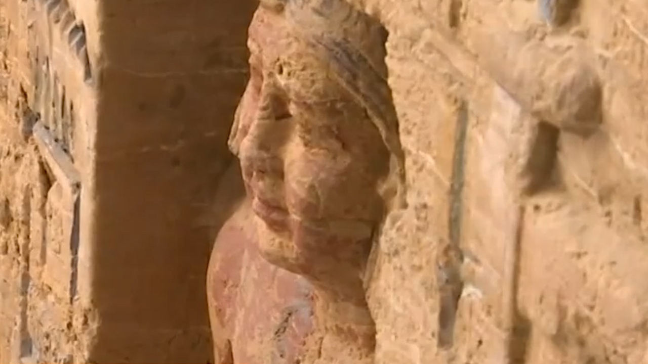 Egypt unveils 4400-year-old tomb