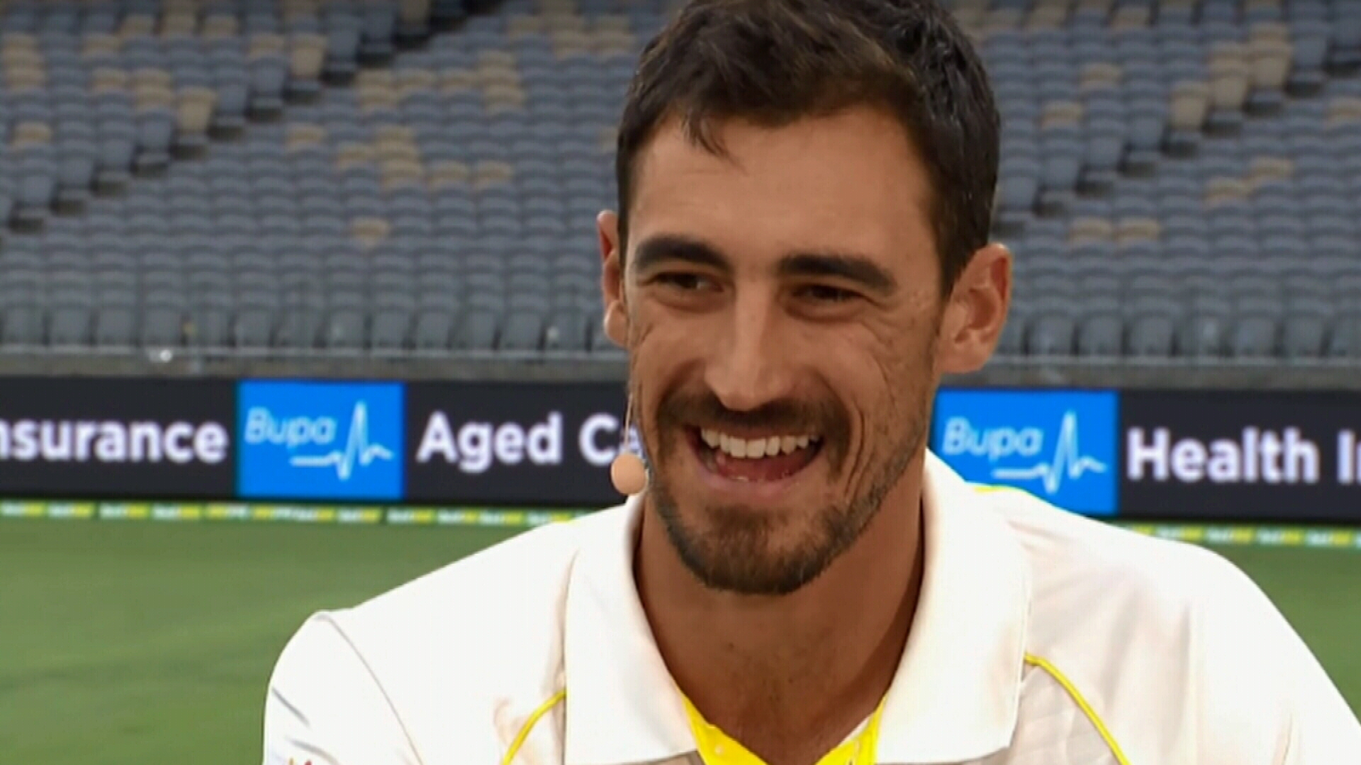 Starc hits back at Warne