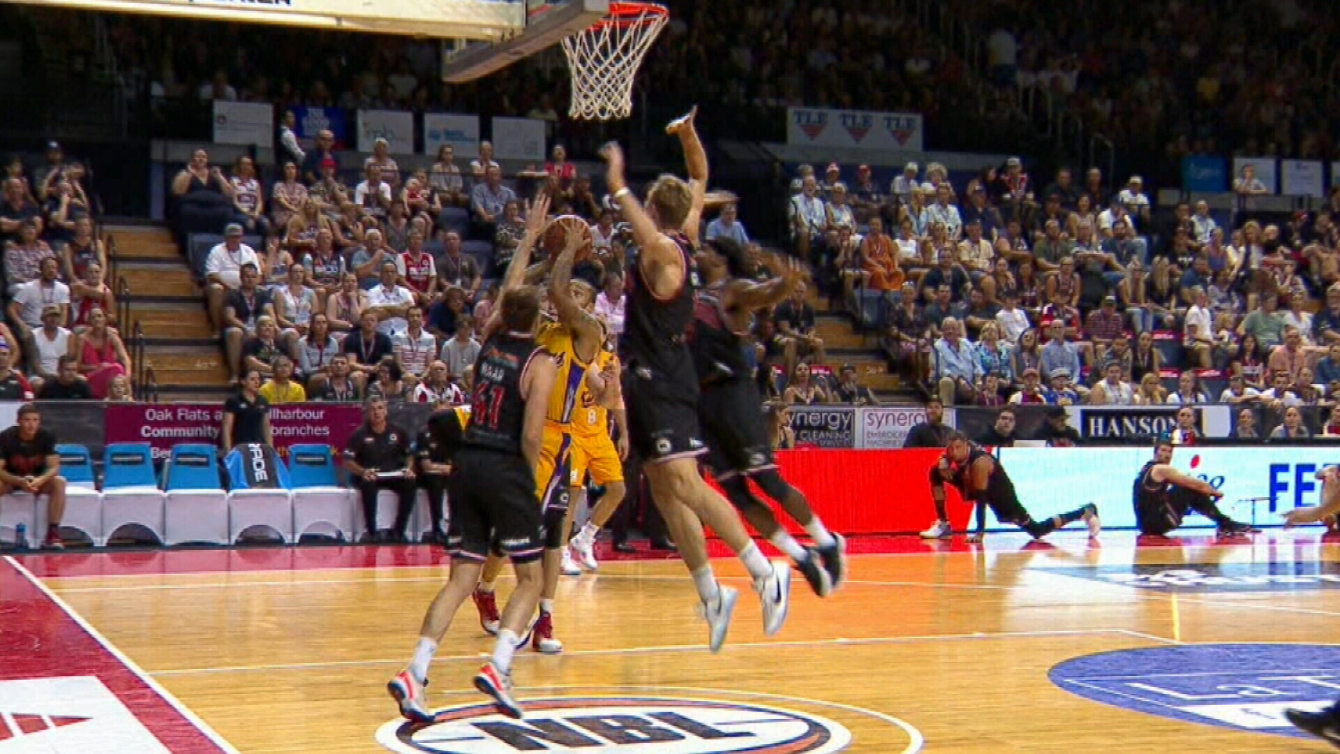 Sydney Kings upset by Illawarra