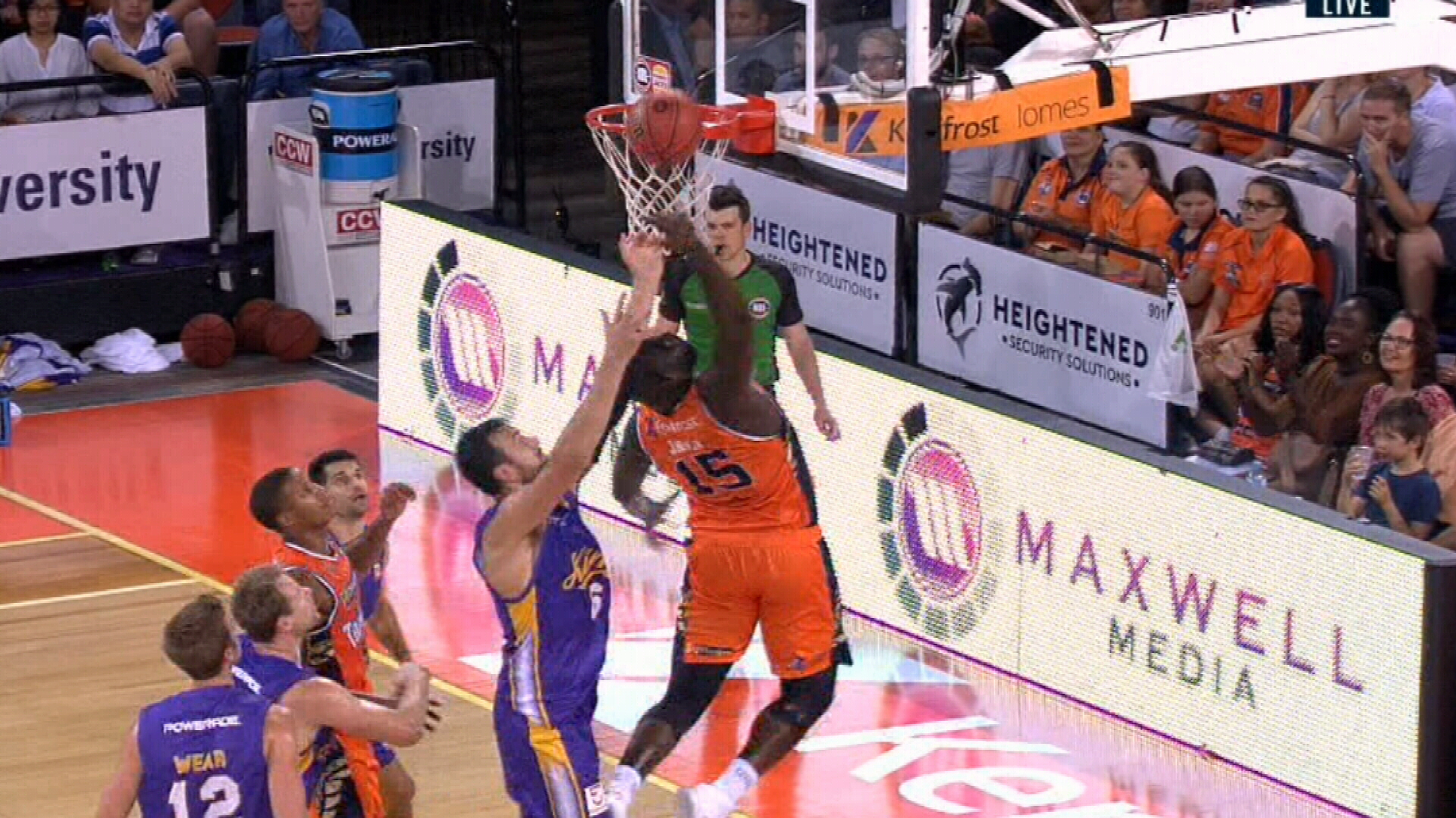 Kings beat gritty Taipans